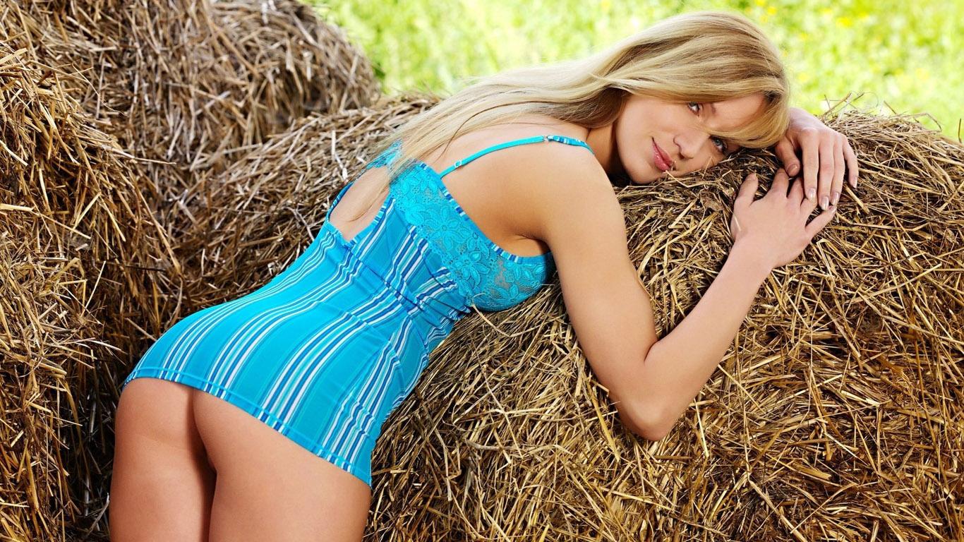 Секс в деревне онлайн смотреть бесплатно 20 фотография