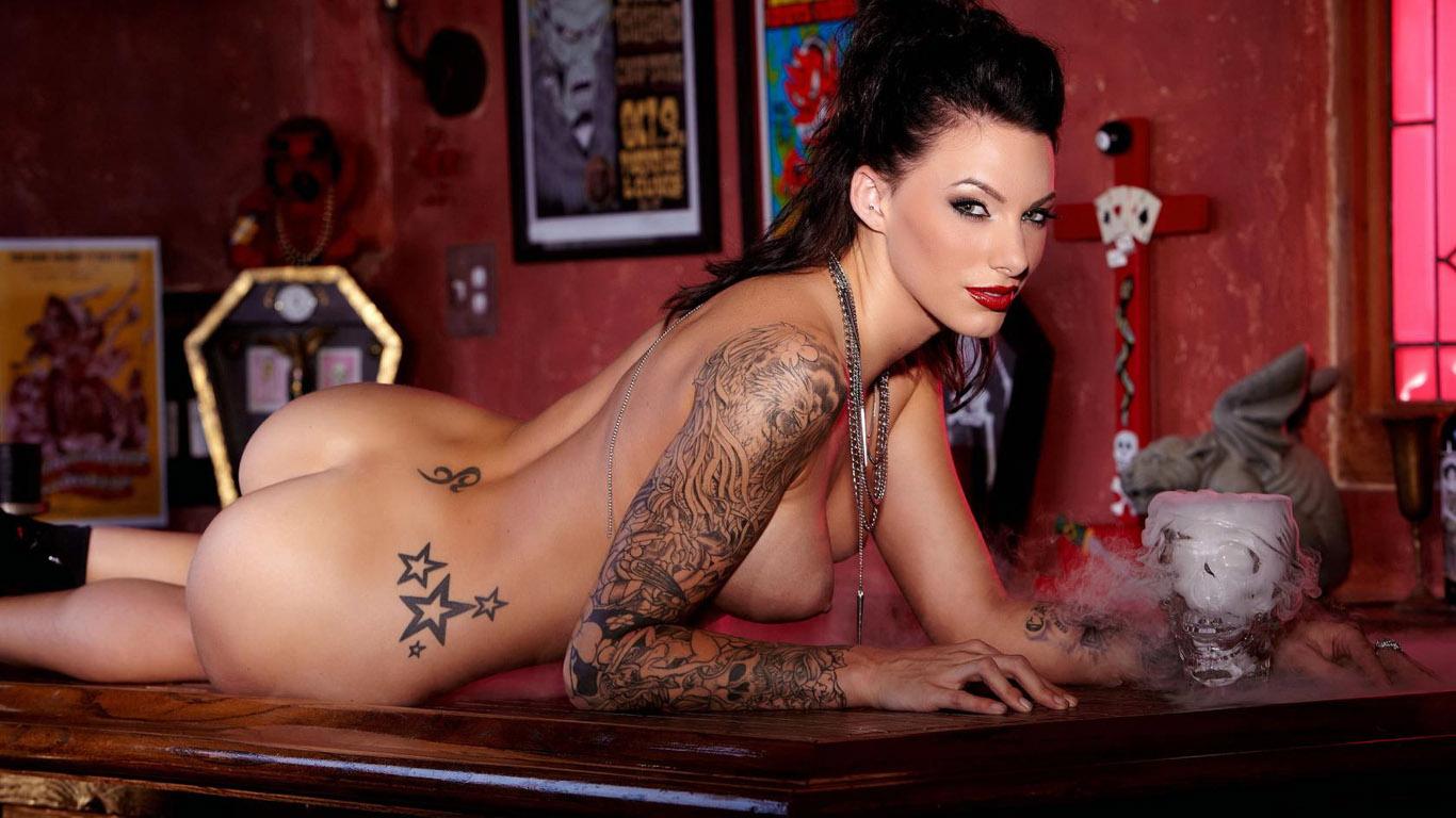 Татуировки на сиськах hd 20 фотография
